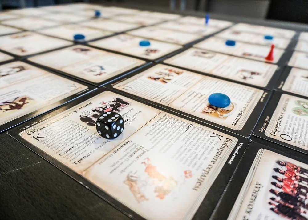 Как научиться играть тысячу в карты открытие казино в интернете